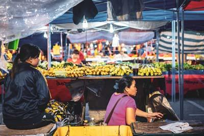Ein Markt in Kuching