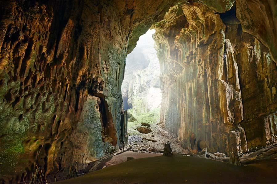 Gomantong Höhlen