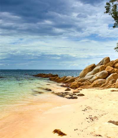 Strand von Sapi Island