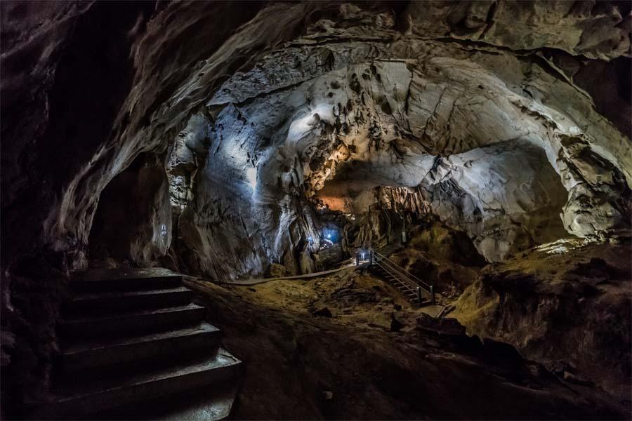 Borneo Reise Höhlen