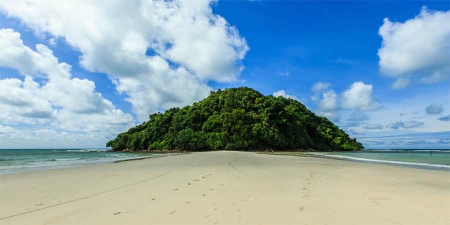 Kudat (Borneo) - Kelambu Beach