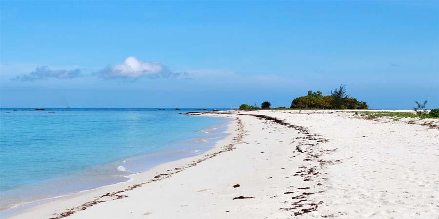 Pulau Tiga Beach